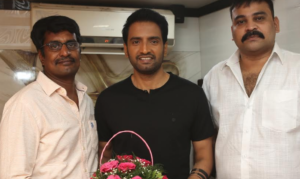 Director R.Kannan, santhanam