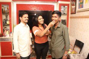 Shalu shammu celebrates fans birthday